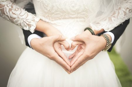 横澤夏子が結婚報告!相手ダイキの画像は?どんな人物?電通社員?結婚の迫り方は?